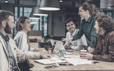 Informa e involucra a tu equipo en la transformación de la experiencia