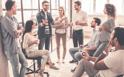 Cambia la forma en que escucha a los clientes, de pedir a comprender