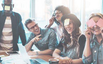 Cómo el humor motiva la cultura y la creatividad en el trabajo