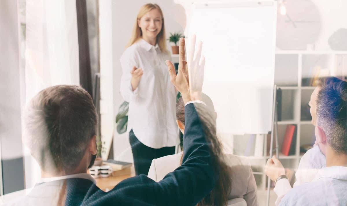 Preguntas Frecuentes de Experiencia de Cliente