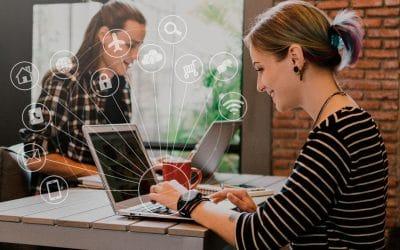 Cómo los dispositivos basados en el IoT pueden mejorar la Experiencia de Cliente